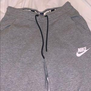 Nike short joggers